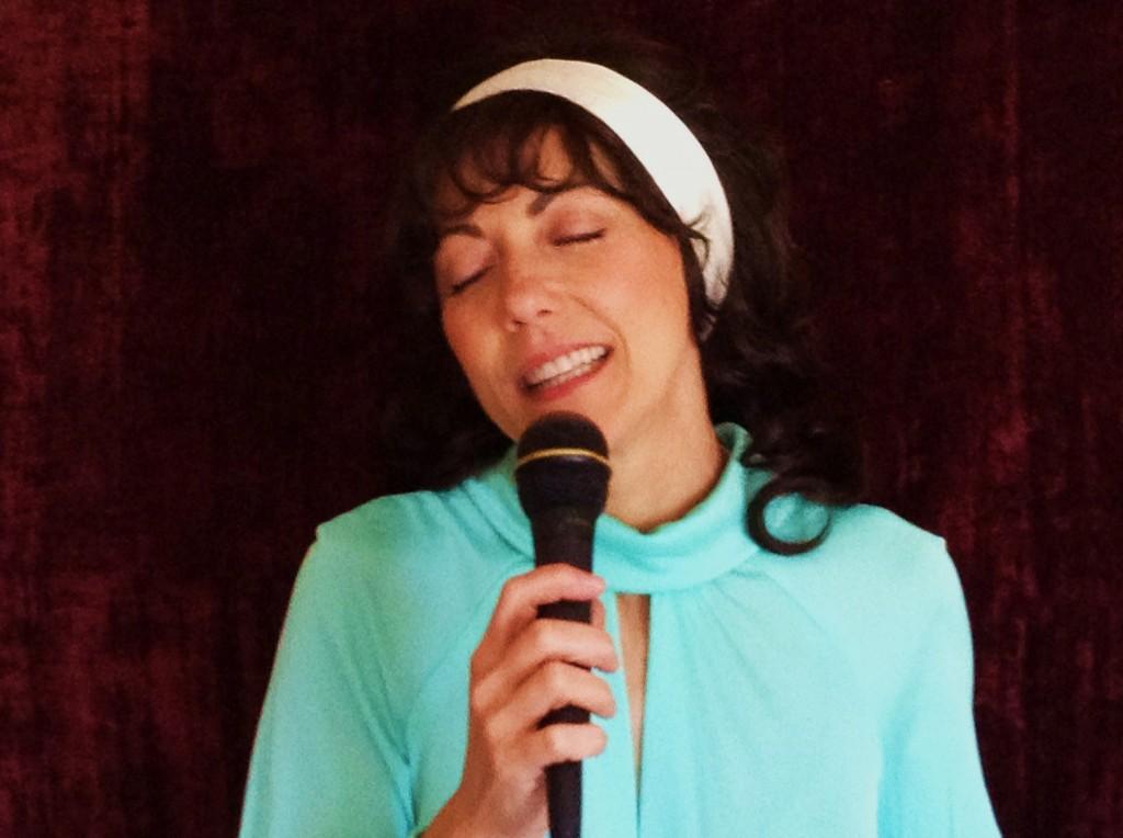 Karen Carpenter Tribute by Roxanne